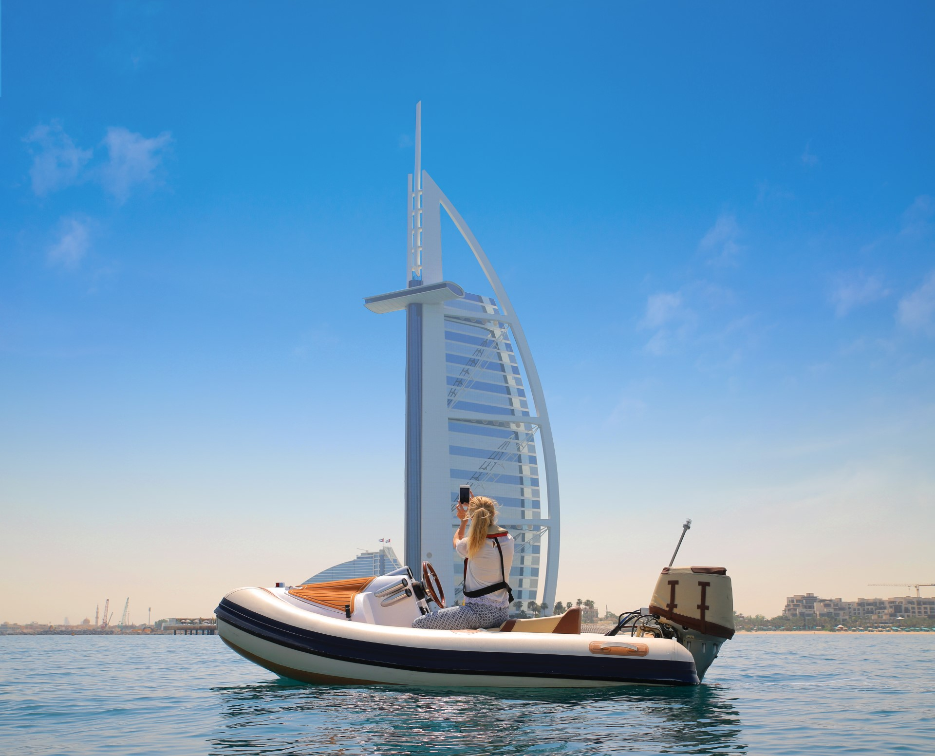 Dubai Reopening for Tourists